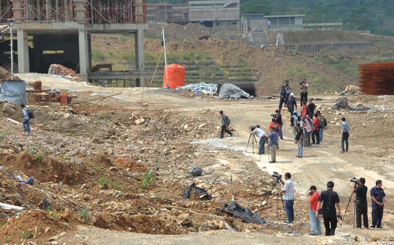 <!--:id-->Fitra: Proyek Hambalang Ambruk, Kerugian Negara Bisa Capai Rp 753 M <!--:-->