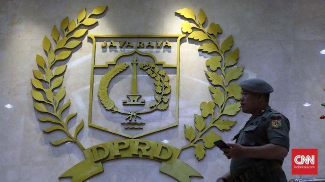 Fitra menilai ada dua aturan yang ditabrak DPRD DKI Jakarta terkait pembahasan APBD 2021 di Puncak Bogor.